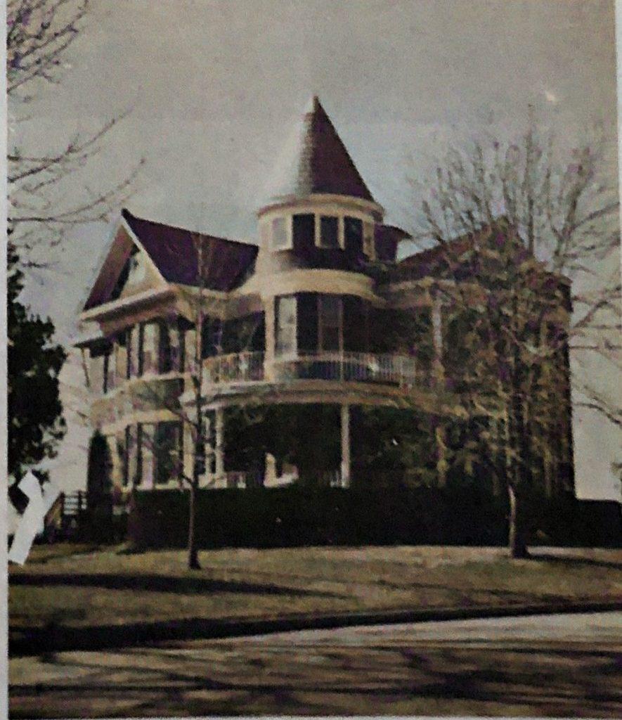 Built-by-Wilbert-Green-in-1909
