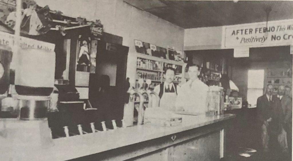 Oral Longstreth and Hardy Bridgman at Soda Fountain