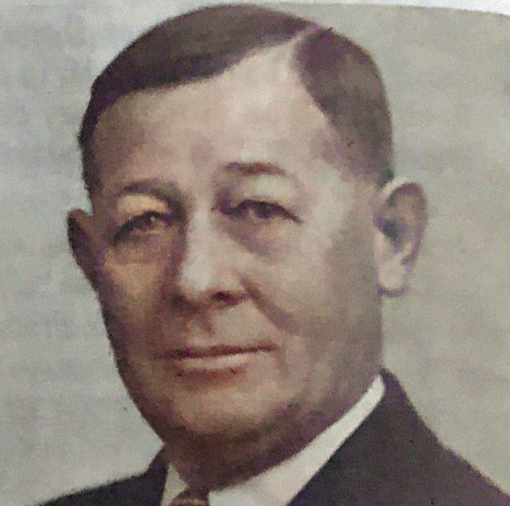 James H Cawthon