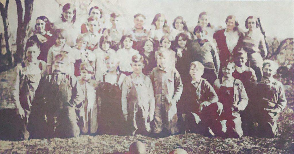 Newtown School 1931 -1932