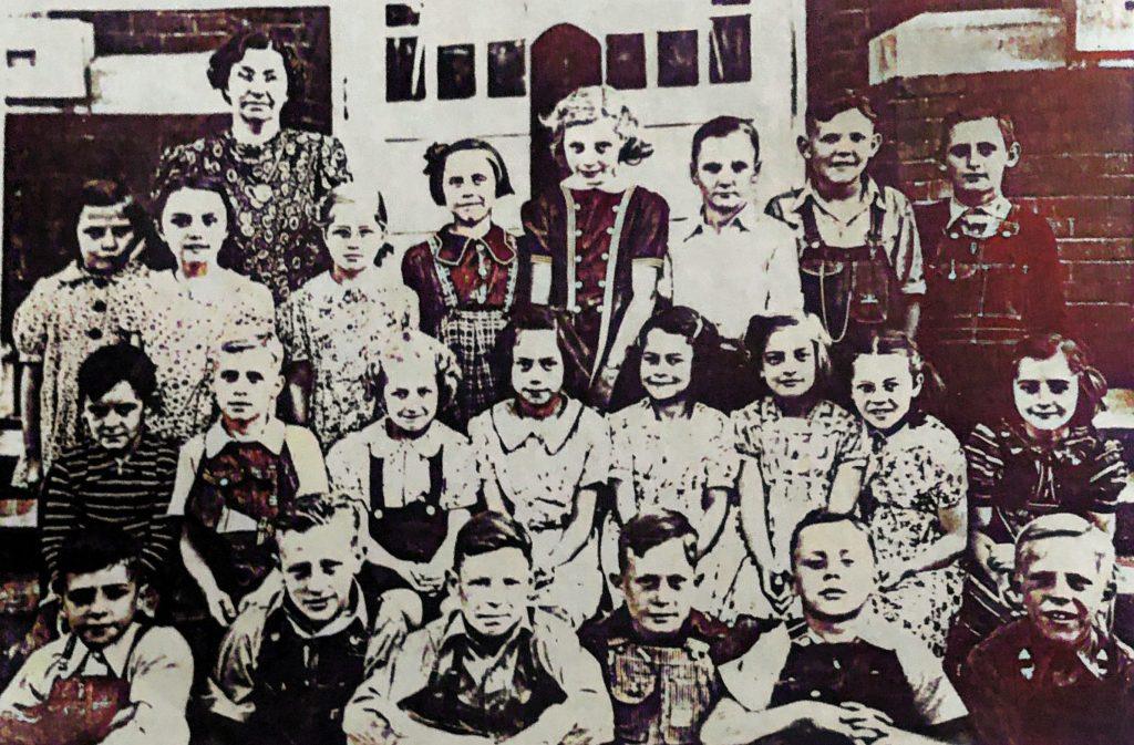 Oakwood Grade School 4th Grade 1939
