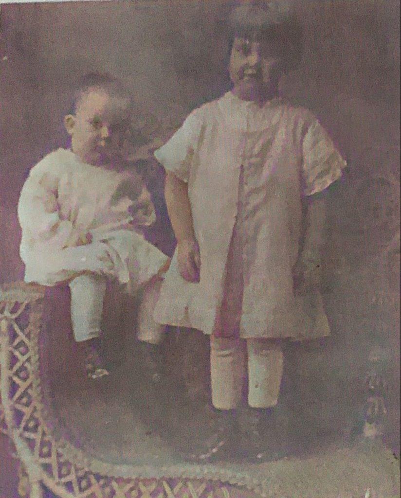 Howard and Bea Ervin - 1915